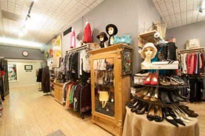 Second Peek Boutique Consignment Shop